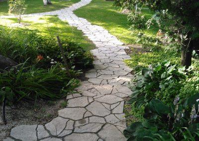 Permacon Mega-Arbel walkway